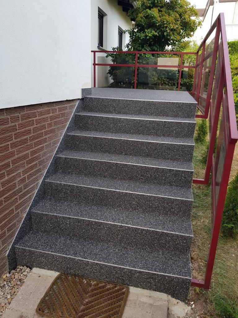 Treppe nach erfolgter Treppensanierung