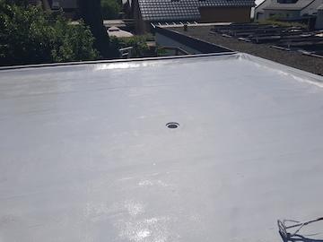 Eckbereich eines abgedichteten Flachdaches