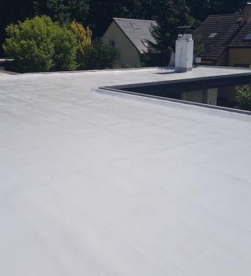 Abdichten von einem Flachdach
